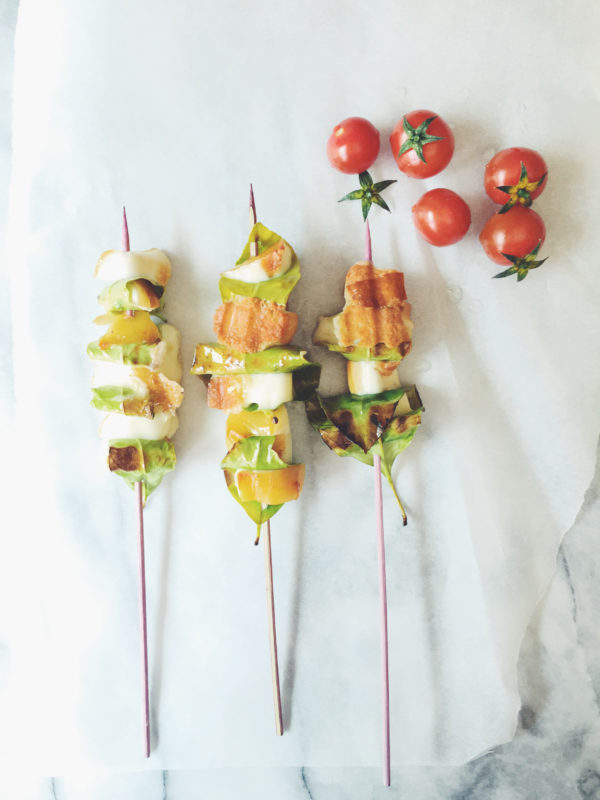 scamorza cheese recipe: grilled scamorza skewers with lemon leaves.