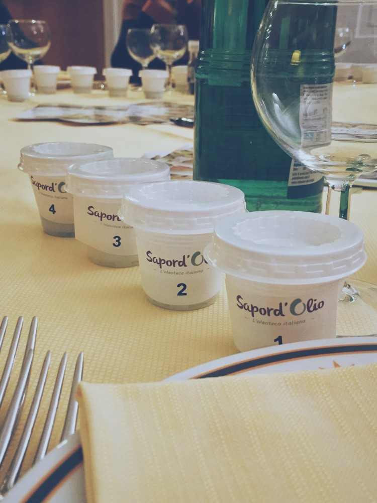 thanks to my always-into-something dad, yesterday I attended a semi-formal olive oil tasting party. and I can now tell you, step by step, how to attempt professional olive oil tasting.
