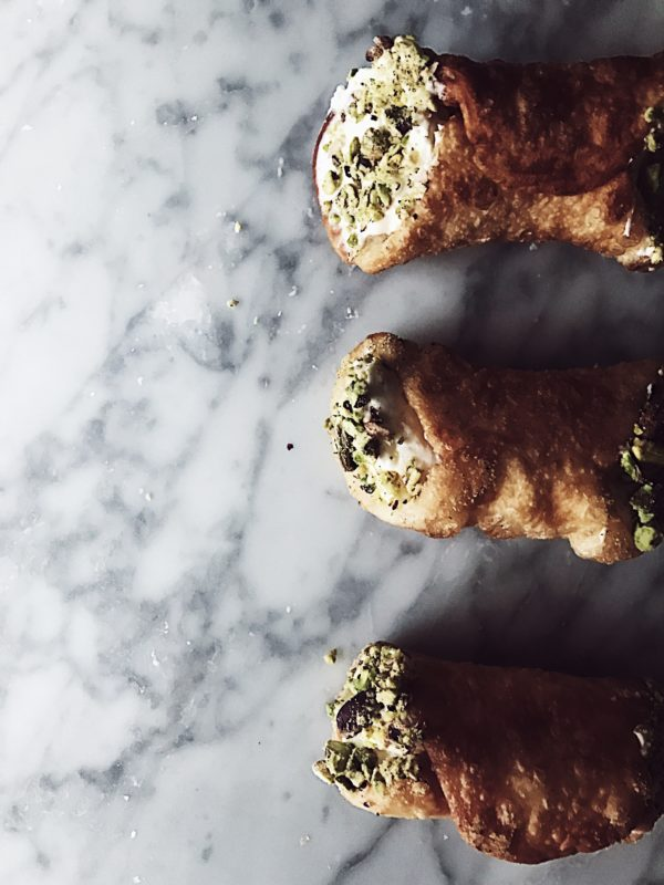 a fried pizza recipe by Gourmet Project: stracchino and pistachio stuffed savory cannoli