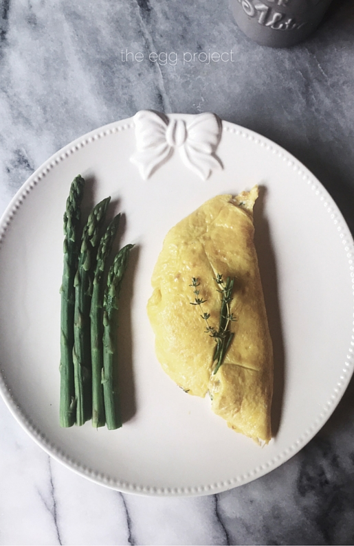 ricotta and asparagus omelette_the egg project by gourmet project