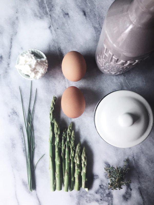 healthy Italian egg recipes: an Italian omelette with asparagus and ricotta cheese