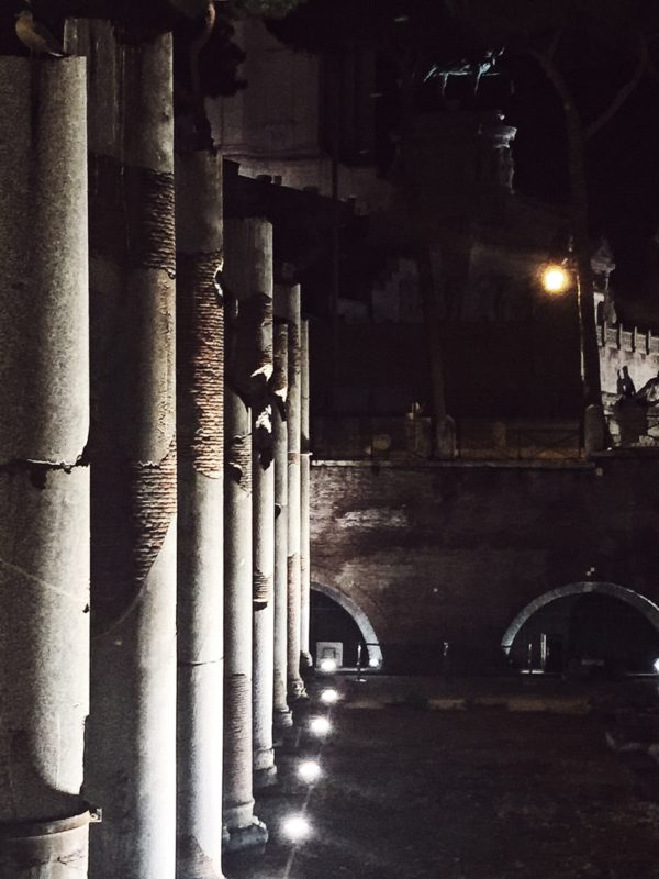 Rome's fori imperiali by night