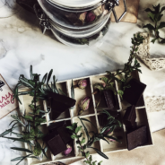 a delicious and charming homemade gift recipe: chocolate enfleurage