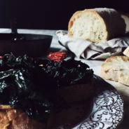 an Italian kale recipe: the black kale bruschetta