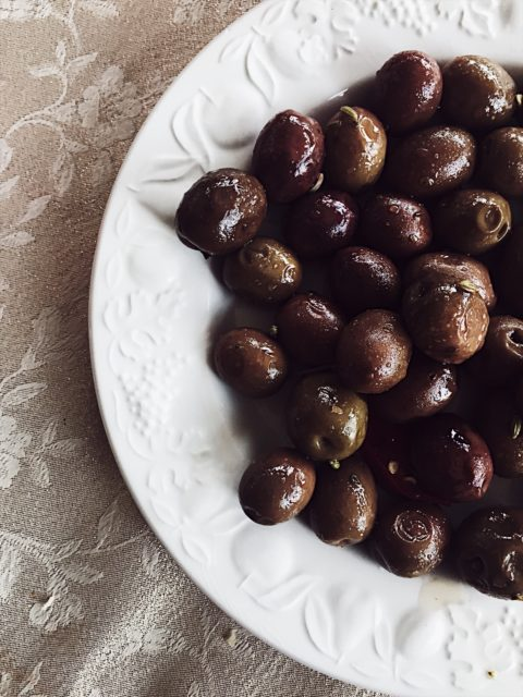 olives-antipasto-for-an-Apulian-Christmas-table