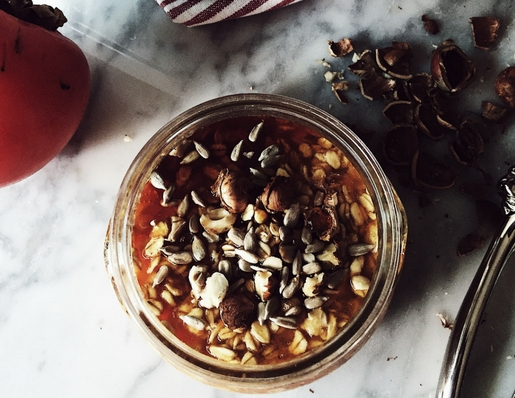 overnight oatmeal recipes: persimmon pulp healthy overnight oats + the stocking