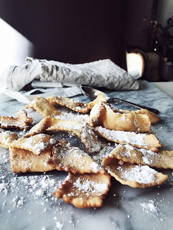 Chiacchiere recipe from Italy