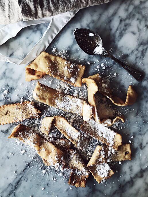 Chiacchiere recipe for an Italian Carnival