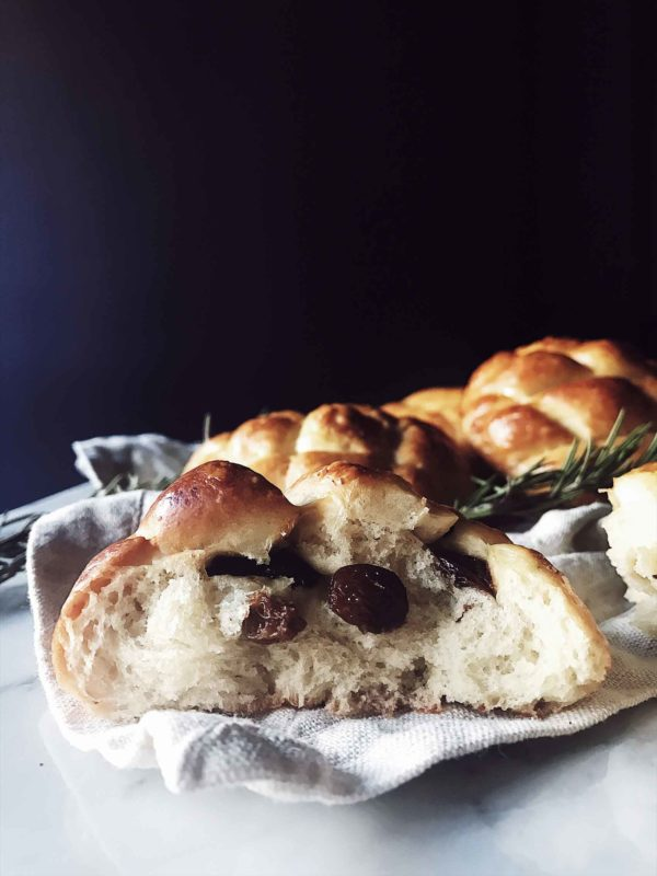 an Italian Easter bread recipe: pan di ramerino from Tuscany