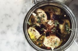 Italian canning recipes: how to preserve eggplants in olive oil