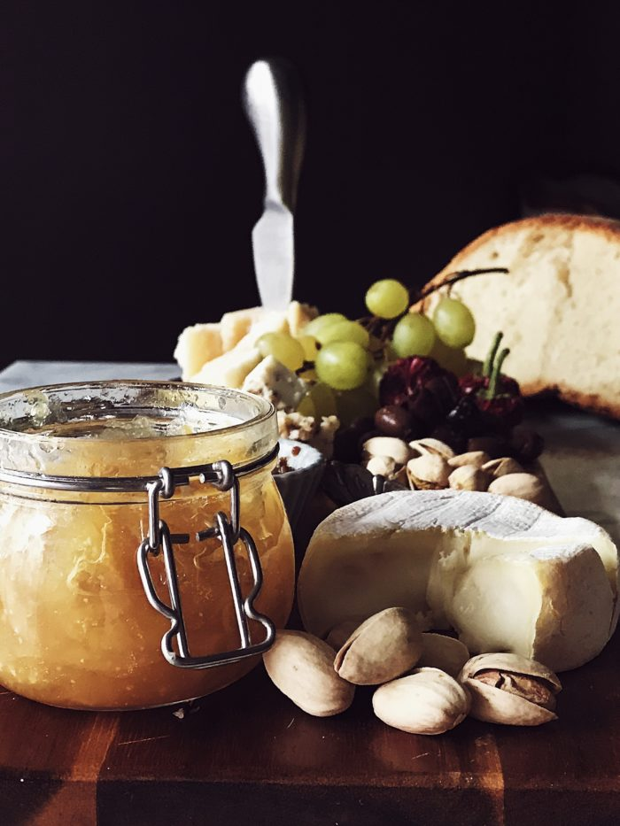A cheese board idea for an Italian New Year's Eve and how to put together the perfect cheese board. Get them on Gourmet Project.