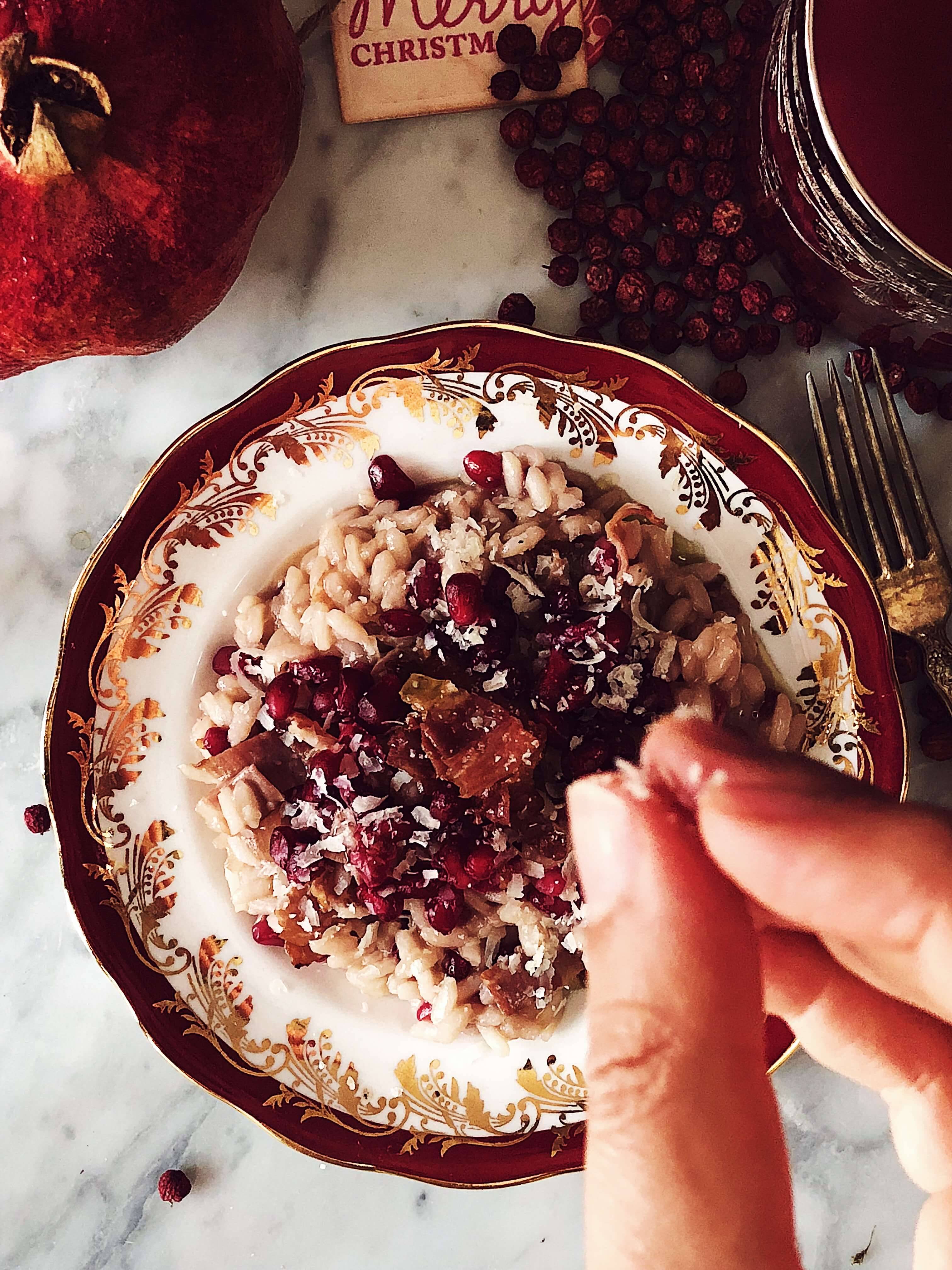 Italian cuisine magazine: pomegranate risotto #thegourmetmag #christmasrecipes