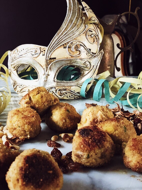 polpette and a carnival mask