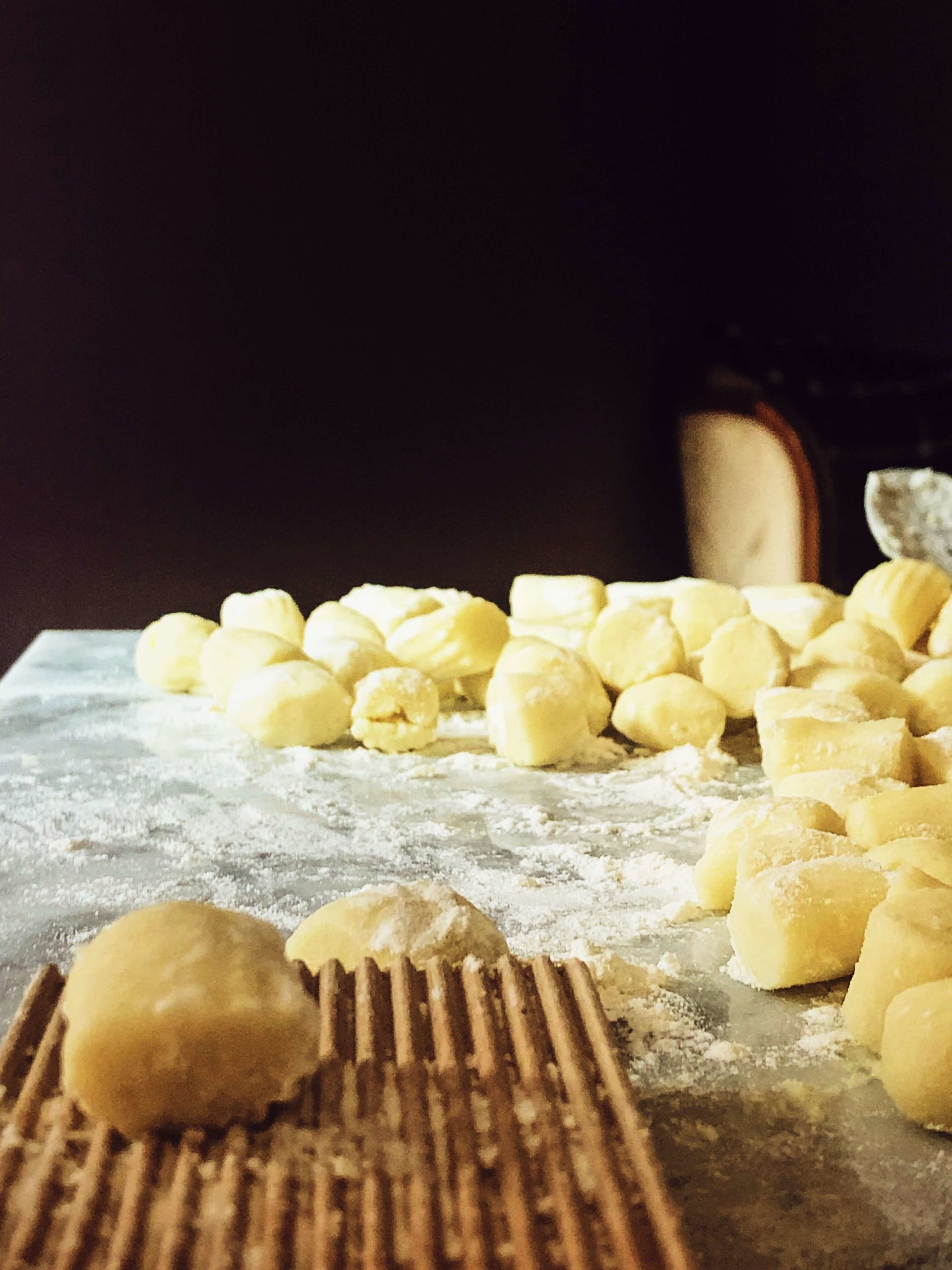 How to make and engrave authentic Italian gnocchi