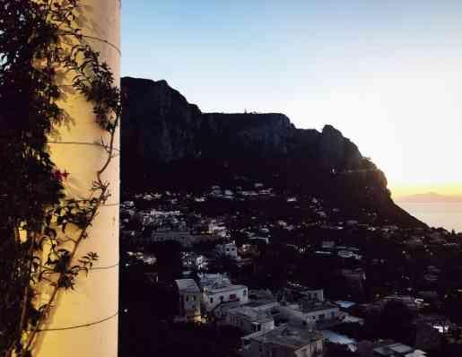 Italy armchair travel: Capri's sunset