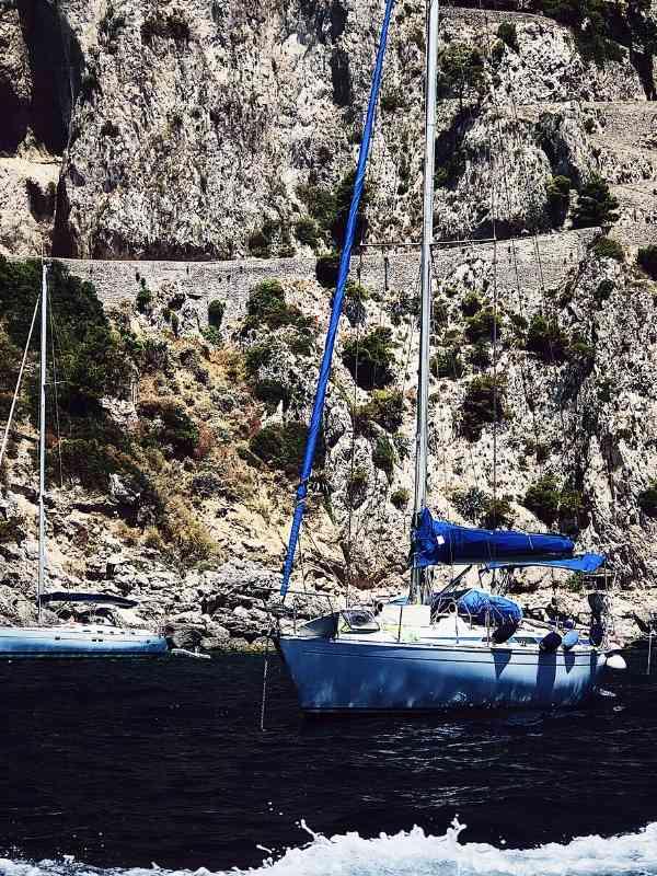 Italy armchair travel: Capri's babà