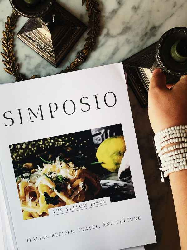 the Yellow issue cover of Simposio