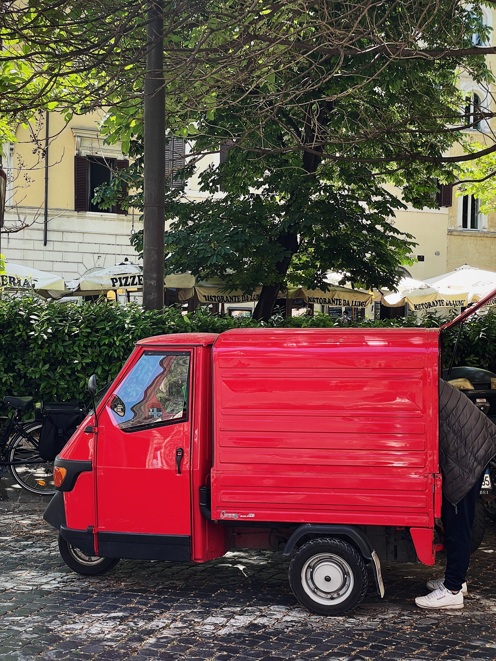 home life in Rome: cacio e pepe pasta